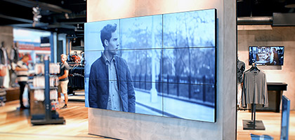 Video wall_retail